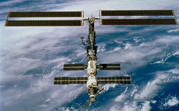 r4876_29_iss_lego03_thumbnail.png