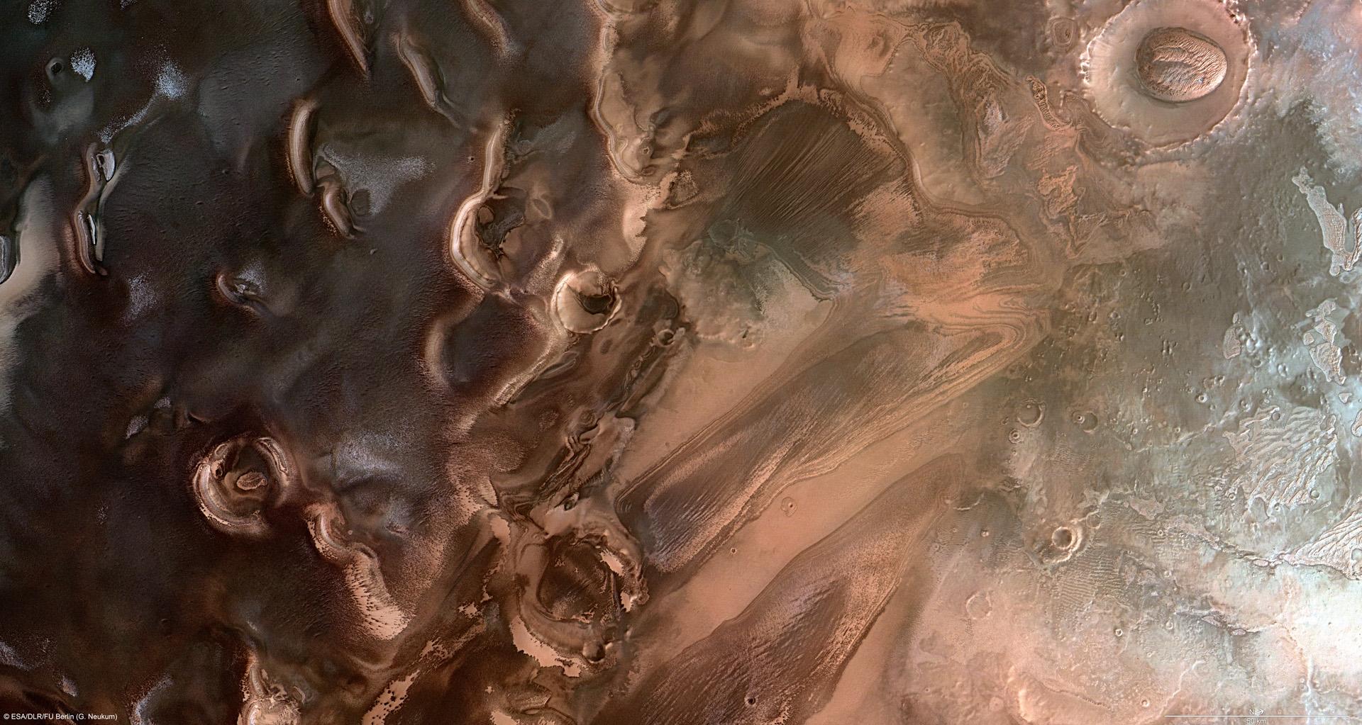 mars-pole-sude.jpg