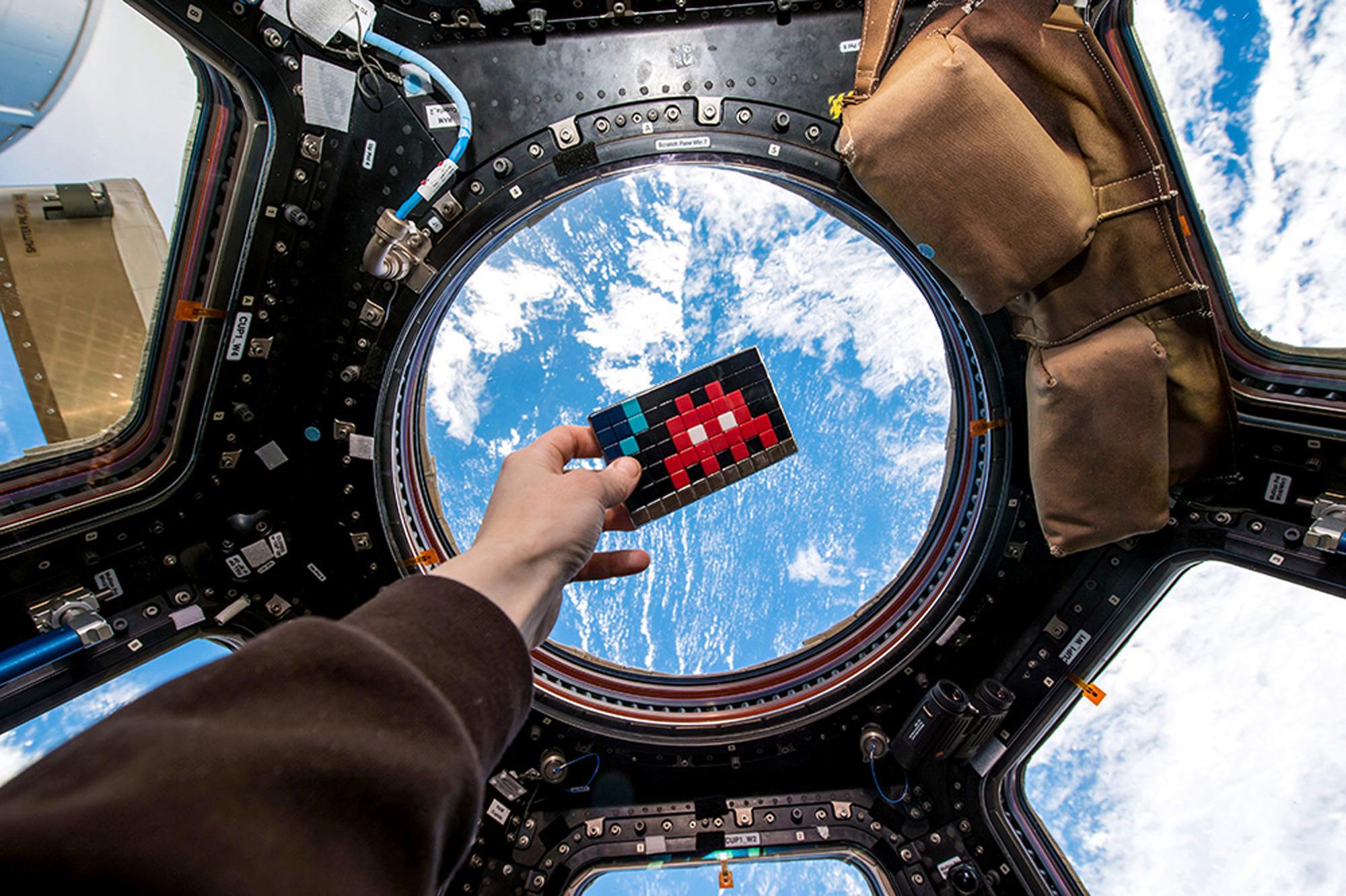 Invader_ISS_2000.jpg